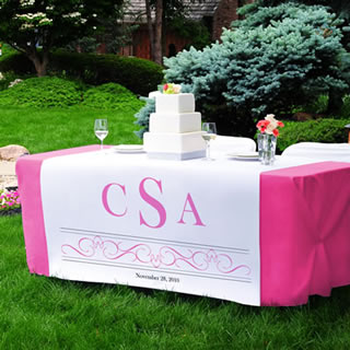 wedding cake table runner